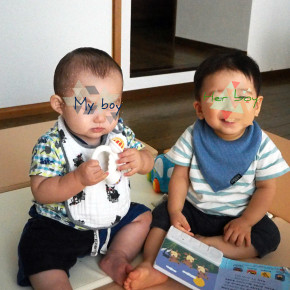 赤ちゃんにもパーソナルカラーはある!肌の色の違いがよくわかる画像。