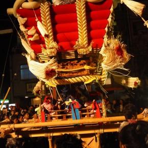 大阪府堺市のお祭り「ふとん太鼓」 0歳児にリサイズした法被を着せて行ってきました。